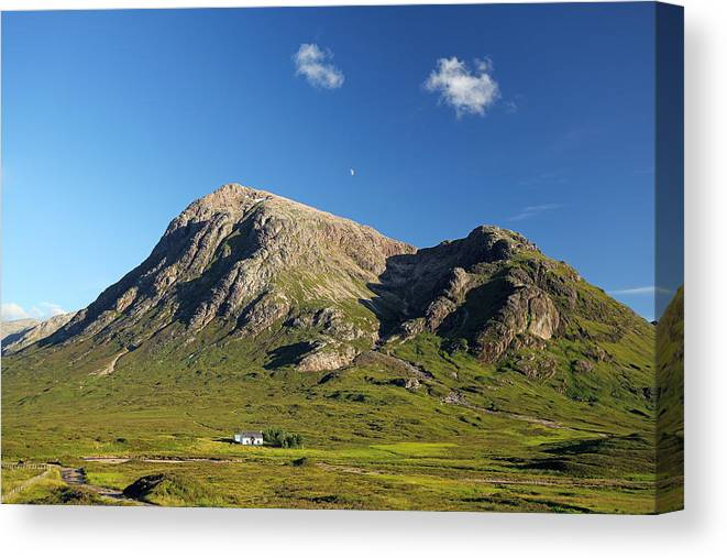 Stob Dearg Canvas Print featuring the photograph Stob Dearg by Grant Glendinning