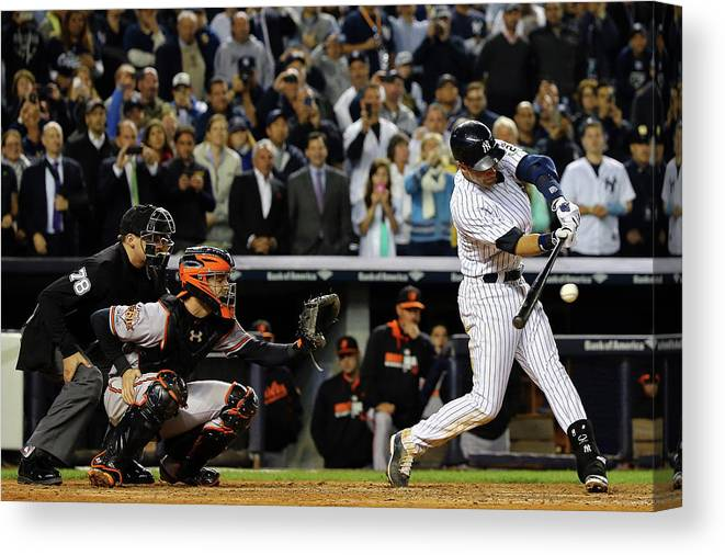Ninth Inning Canvas Print featuring the photograph Baltimore Orioles V New York Yankees 6 by Al Bello