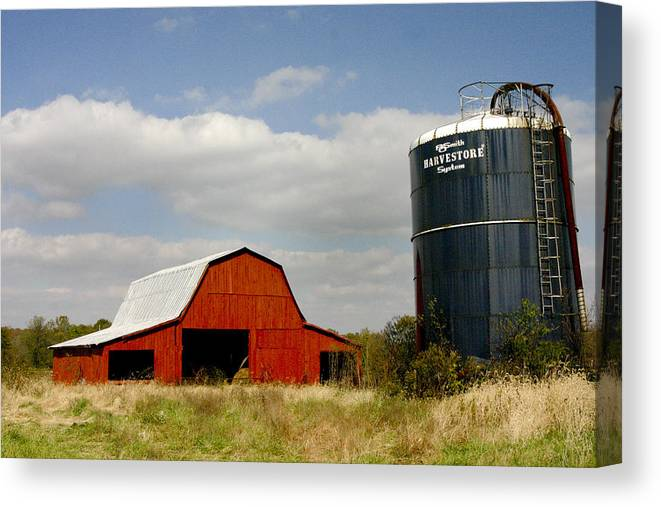 Barn Canvas Print featuring the photograph Barn And Silo by Robert Camp