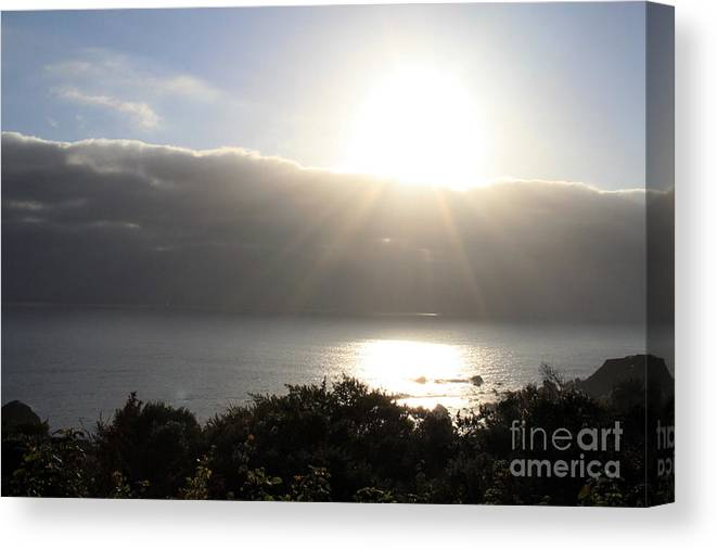 Sunset Canvas Print featuring the photograph Big Sur Sunset by Linda Woods