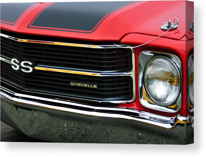 Chevrolet Chevelle Ss Canvas Print featuring the photograph Chevrolet Chevelle Ss Grille Emblem by Jill Reger