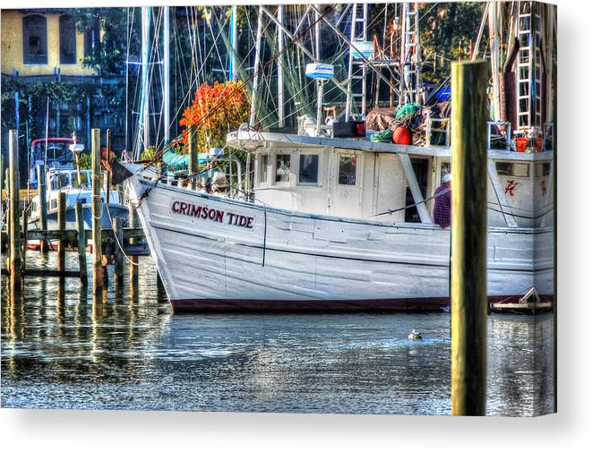 Alabama Canvas Print featuring the painting Crimson Tide In Harbor by Michael Thomas