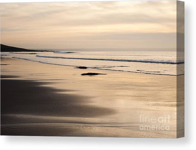 Annegilbert Canvas Print featuring the photograph Croyde At Dusk by Anne Gilbert
