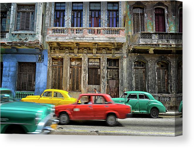 Latin America Canvas Print featuring the photograph Cuba, Habana by Marc Trigalou
