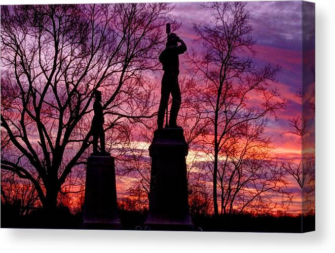Civil War Canvas Print featuring the photograph Durell's Independent Battery D And 48th Pa Volunteer Infantry-a1 Sunset Antietam by Michael Mazaika