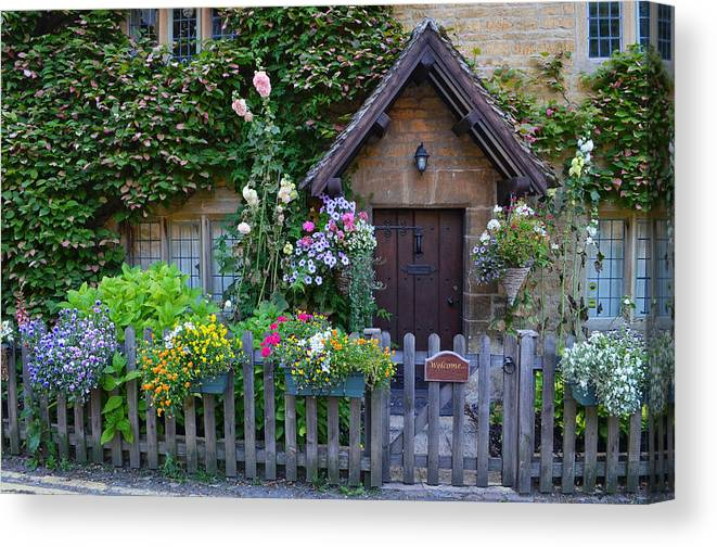 England Canvas Print featuring the photograph English Cottage by Michael Biggs