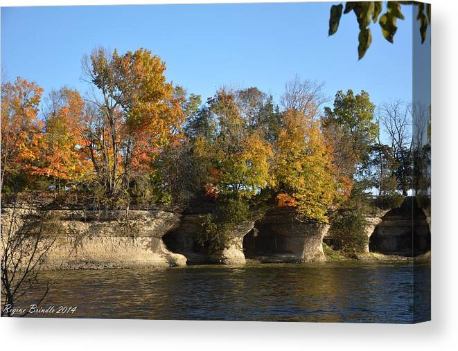 Seven Pillars Canvas Print featuring the photograph Fall At Seven Pillars by Regine Brindle