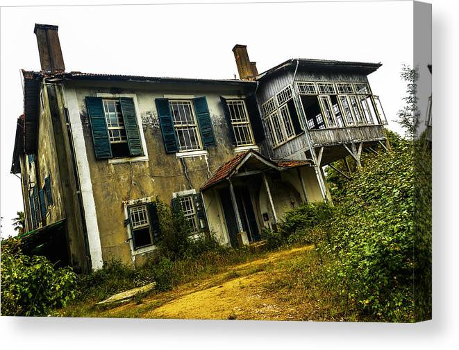 Forgotten House Canvas Print featuring the photograph Forgotten House IIi by Marco Oliveira
