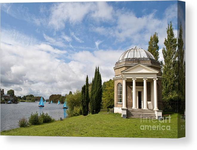 18th Century Canvas Print featuring the photograph Garricks Temple To Shakespeare by Lana Enderle