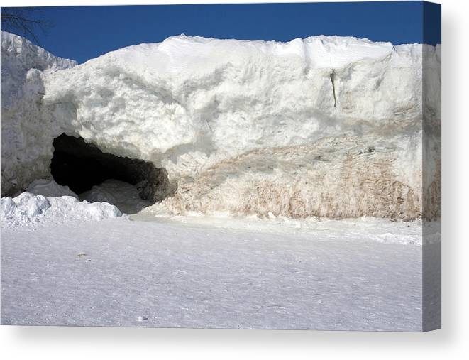 Lake Erie Canvas Print featuring the photograph Ice Wall by Kim French