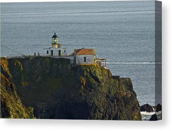Point Bonita Canvas Print featuring the photograph Lighthouse by SC Heffner