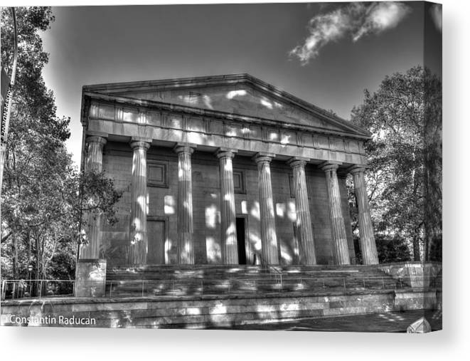 Philadelphia Canvas Print featuring the photograph Philadelphia Second Bank Bw by Constantin Raducan