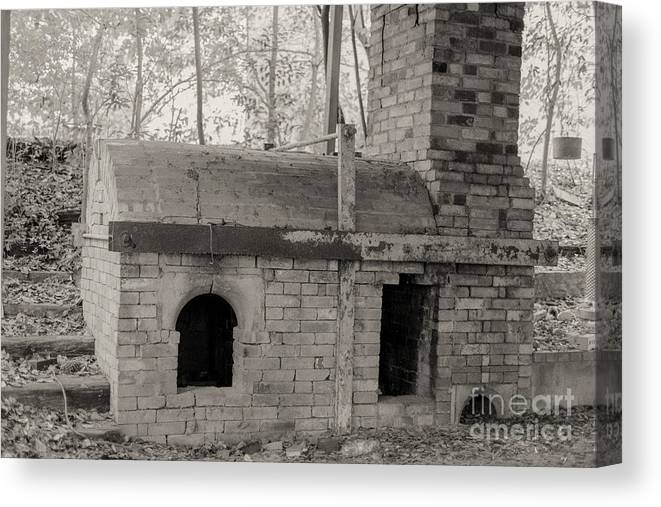 Pinewood Kiln Canvas Print featuring the photograph Pinewood Pottery Kiln by Russell Christie