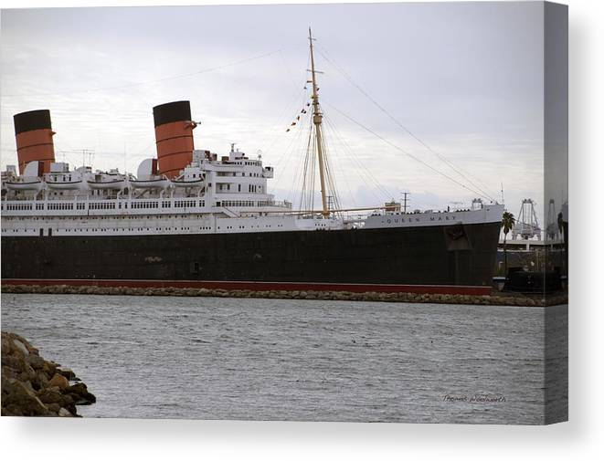 Queen Mary Canvas Print featuring the photograph Queen Mary Ocean Liner Starboard Side 05 Long Beach Ca by Thomas Woolworth