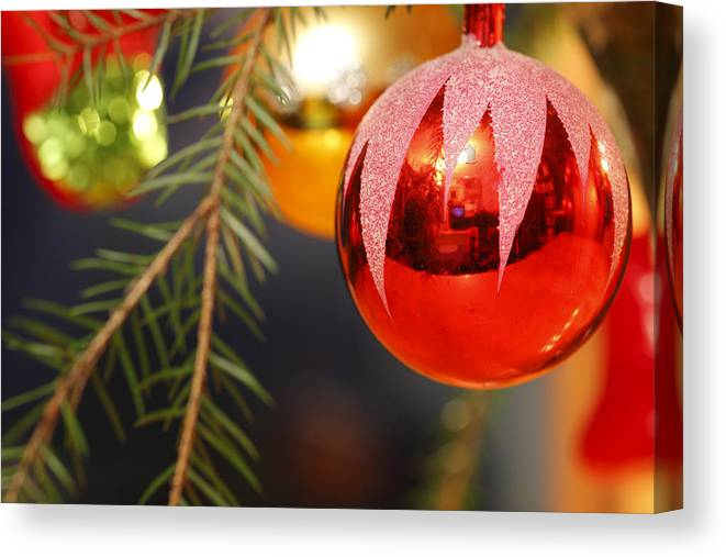 Ball Canvas Print featuring the photograph Red Bauble - Available For Licensing by Ulrich Kunst And Bettina Scheidulin