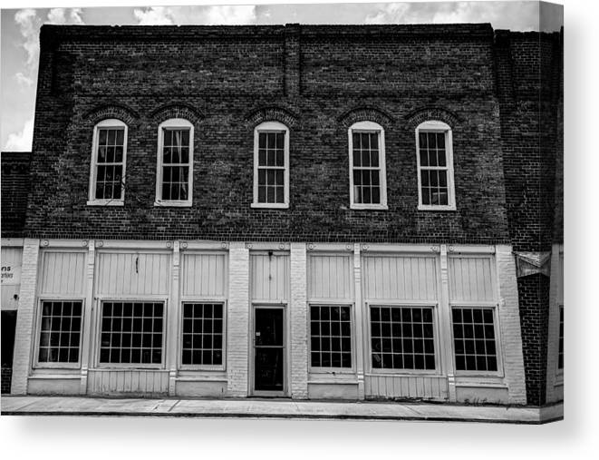 Landscape Canvas Print featuring the photograph Robbie's Furniture Store by Bill Cantey