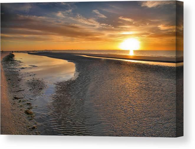 Beach Canvas Print featuring the photograph Sanibel Sunrise Xxi by Steven Ainsworth