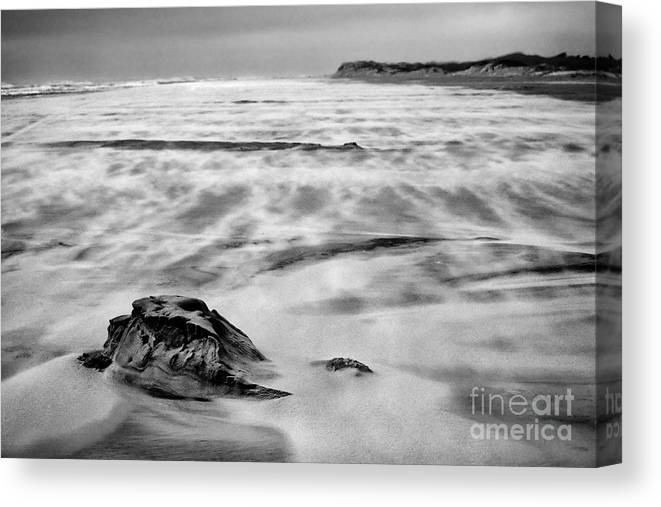 Outer Banks Canvas Print featuring the photograph Shifting Sands On Ocracoke Outer Banks Bw by Dan Carmichael