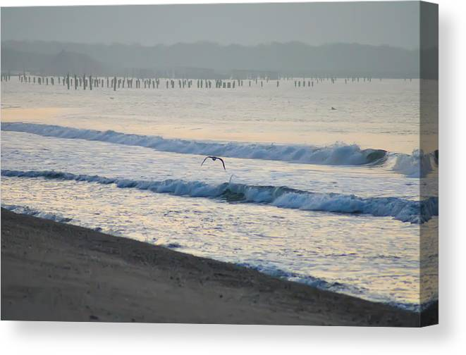 Jersey Canvas Print featuring the photograph The Jersey Surf by Bill Cannon