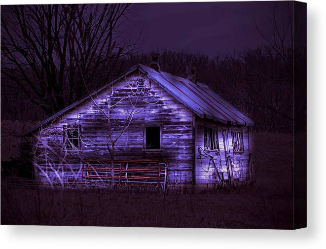 Shed Canvas Print featuring the photograph The Shed by Bonfire Photography