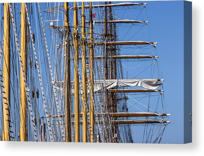 Mast Canvas Print featuring the photograph Waiting For Good Winds by Edgar Laureano