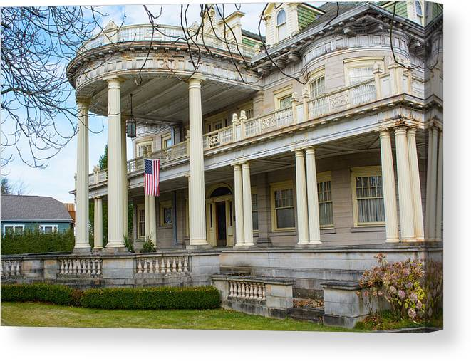 Tacoma Canvas Print featuring the photograph William Ross Rust House Angle by Tikvah's Hope