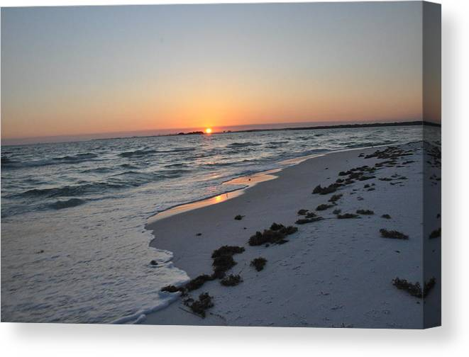 Sunset Canvas Print featuring the photograph Florida Sunset by Vonda Barnett