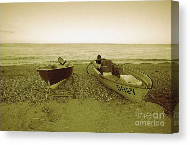 Boats Canvas Print featuring the photograph Boats At Beesands by Rob Hawkins