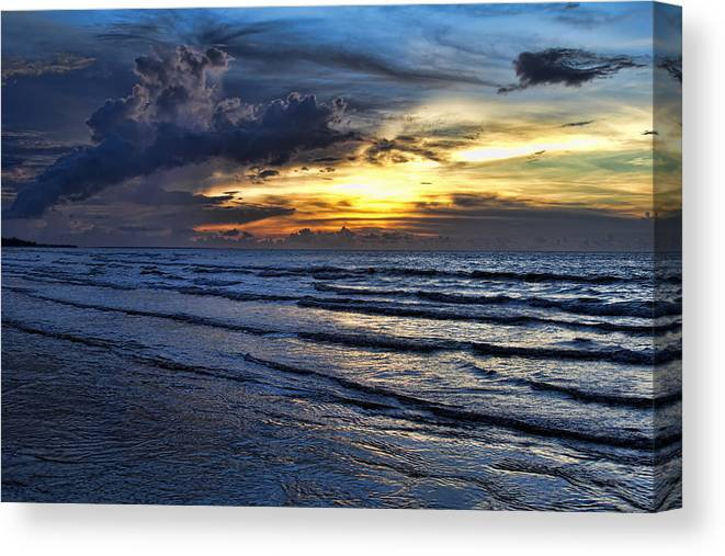 Color Canvas Print featuring the photograph Color Of Light V2 by Douglas Barnard