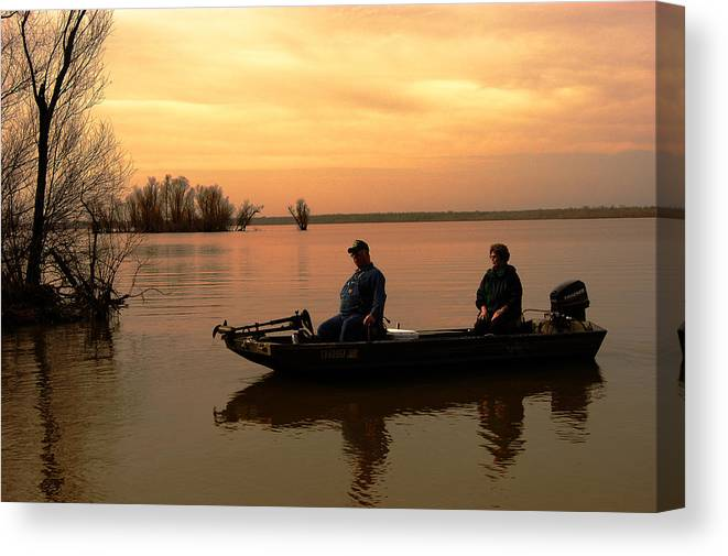 Sunrise Canvas Print featuring the photograph First Light by Stan Williams