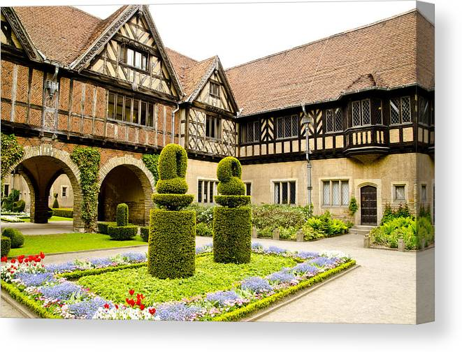 Neuer Garten Canvas Print featuring the photograph Gardens At Cecilienhof Palace by Jon Berghoff
