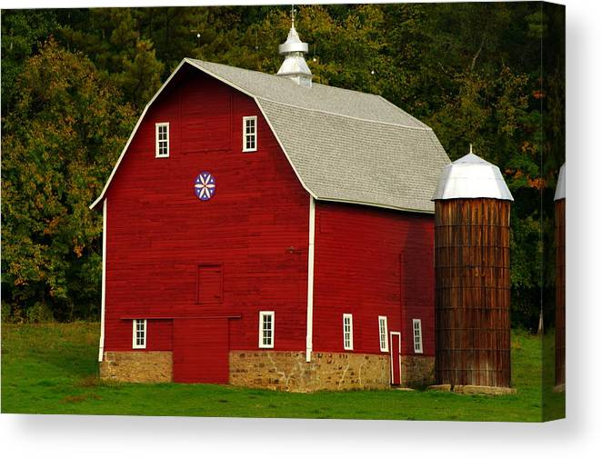 Amish Canvas Print featuring the photograph Red Barn by Susan Camden