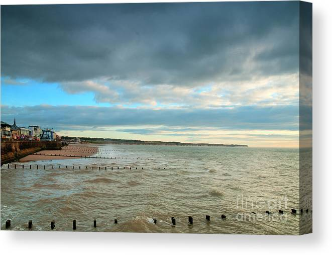 North Bay Photograph Canvas Print featuring the photograph The North Bay Bridlington From The North Pier by David Hollingworth