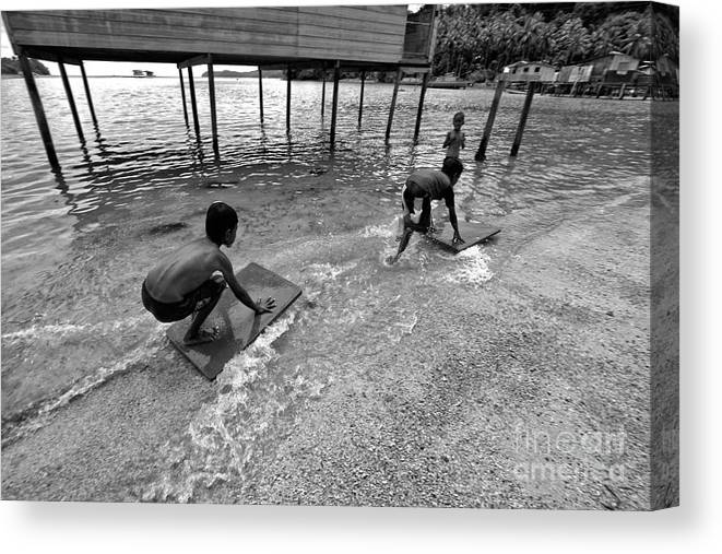 Boys.play Canvas Print featuring the photograph Water Skat by Gary Bridger
