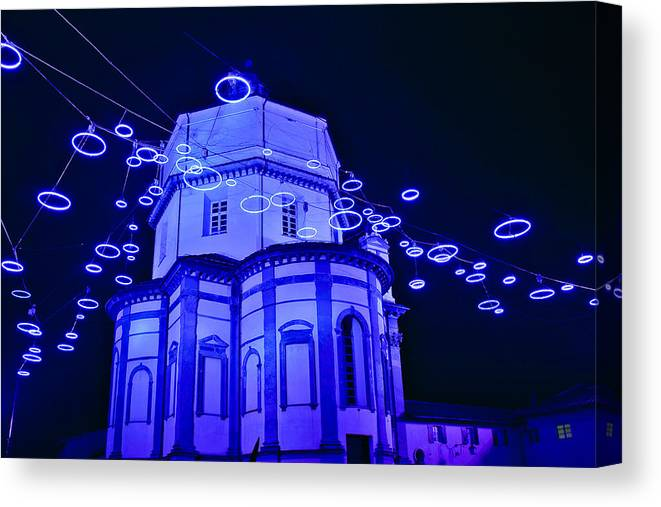 Italy Canvas Print featuring the photograph Holiday Lights by Carl Jackson