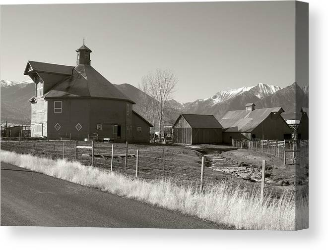 Canvas Print featuring the photograph 8-sided Barn by Stephen Ingham