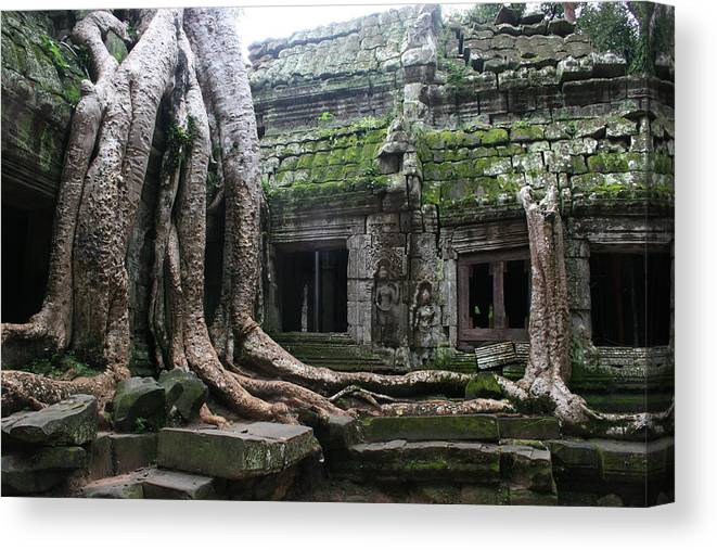 \angkor Wat\ Cambodia \siem Reap\ Historical Ancient Kymer Tree Roots Moss Canvas Print featuring the photograph Angkor Wat by Linda Russell