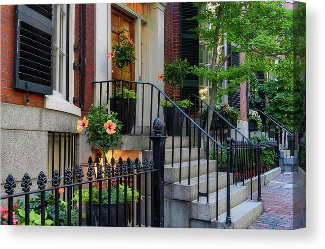 Beacon Hill Canvas Print featuring the photograph Beautiful Entrance by Michael Hubley