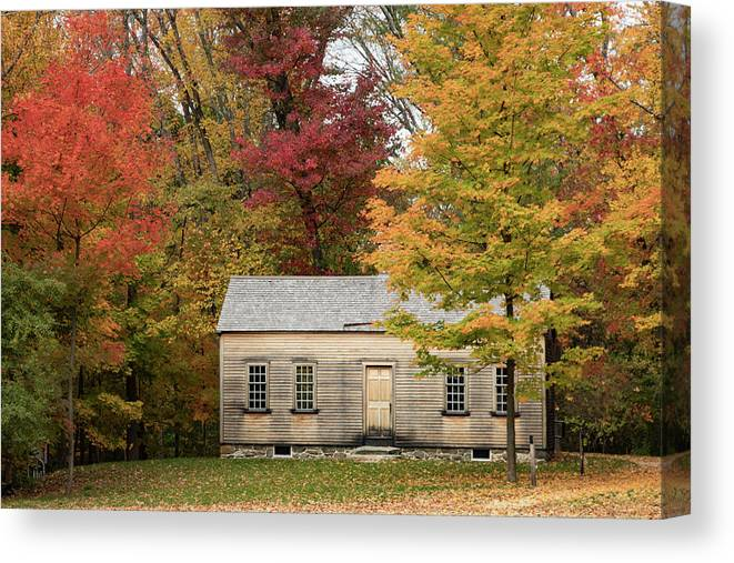 New England Fall Foliage Canvas Print featuring the photograph Concords Robbins Farm by Jeff Folger