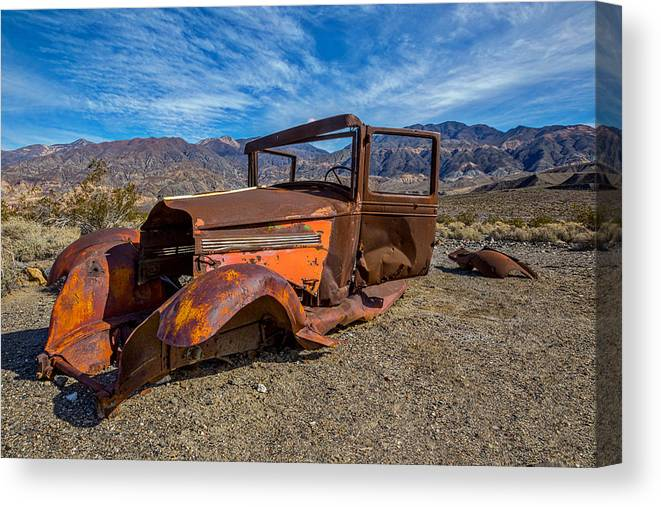Abandoned Canvas Print featuring the photograph Desert Relic by Peter Tellone
