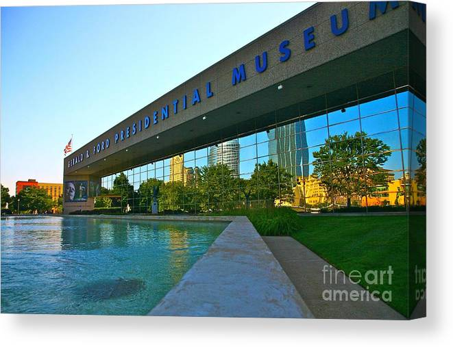 Ford Museum Canvas Print featuring the photograph Ford Presidential Museum by Robert Pearson