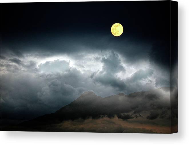 Borrego Canvas Print featuring the photograph Full Moon Over Borrego by Hugh Smith