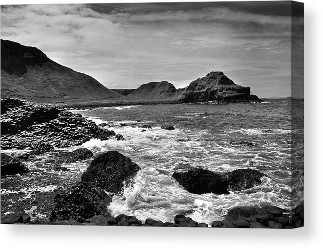 Giant's Causeway Canvas Print featuring the photograph Giant's Causeway 5 by Terence Davis