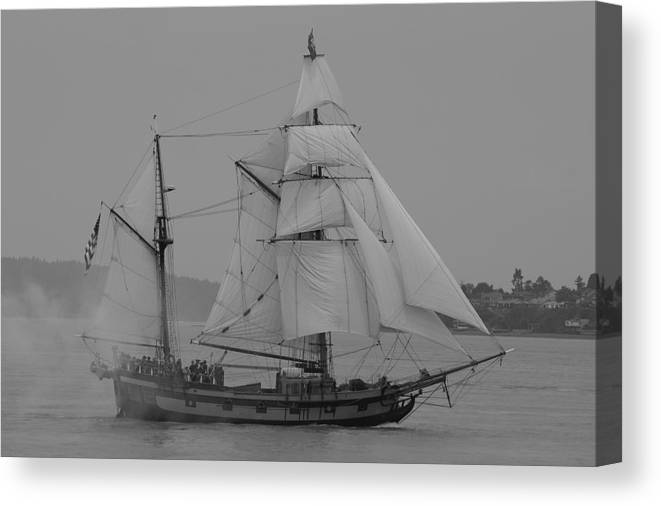Tall Ships Canvas Print featuring the photograph Hawaiian Chieftan by Sonja Anderson