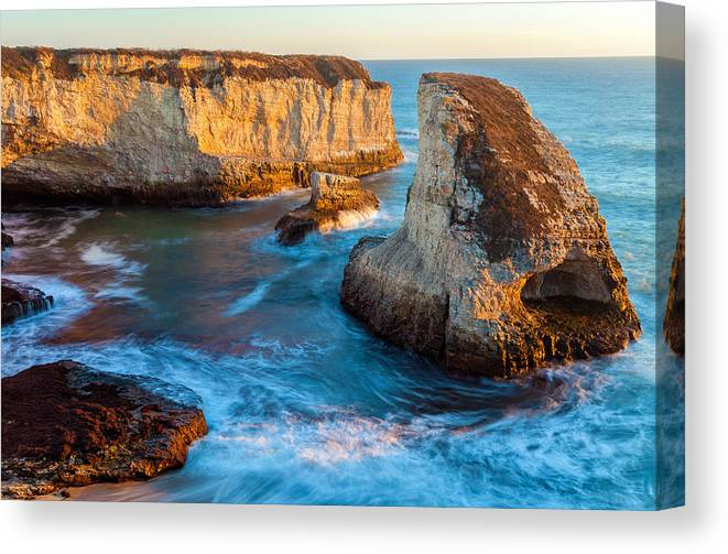 Landscape Canvas Print featuring the photograph Hidden Cove by Jonathan Nguyen