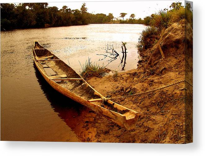 Indian Canvas Print featuring the photograph Indian Boat by Galeria Trompiz