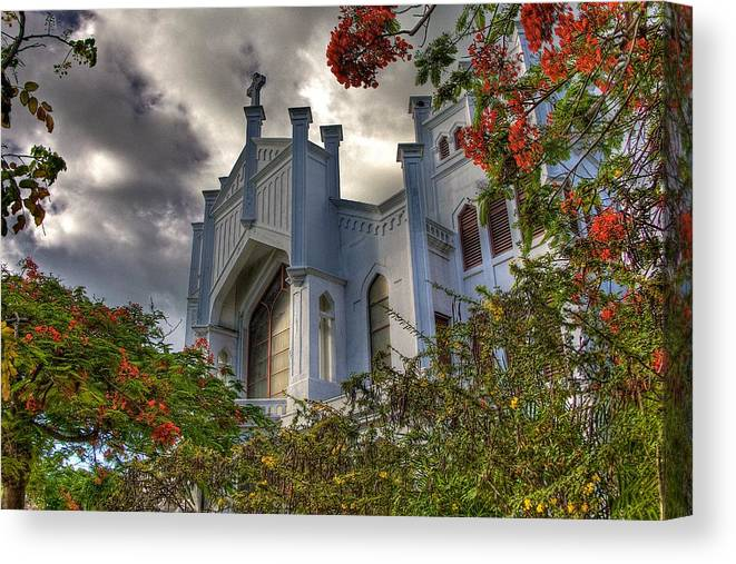Church Canvas Print featuring the photograph Key West Church by William Wetmore