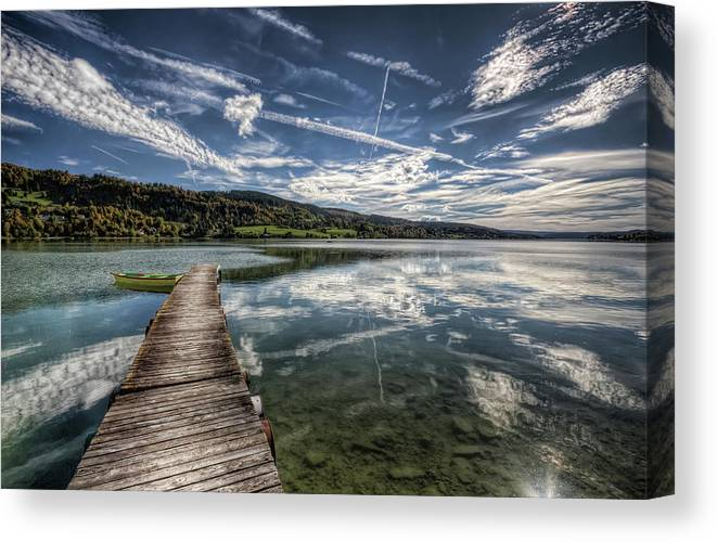 Horizontal Canvas Print featuring the photograph Lac Saint-point by Philippe Saire - Photography