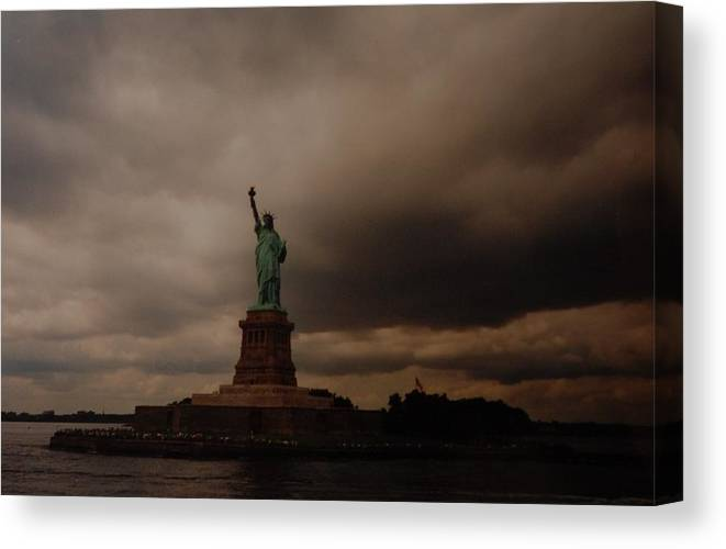 Statue Of Liberty Canvas Print featuring the photograph Lady Liberty by Rob Hans