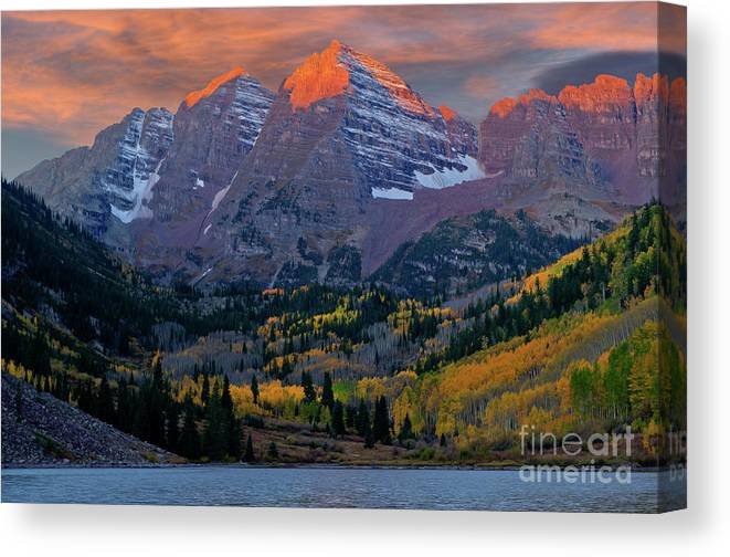 Aspen Canvas Print featuring the photograph Maroon Bells Sunrise by Kenneth Eis